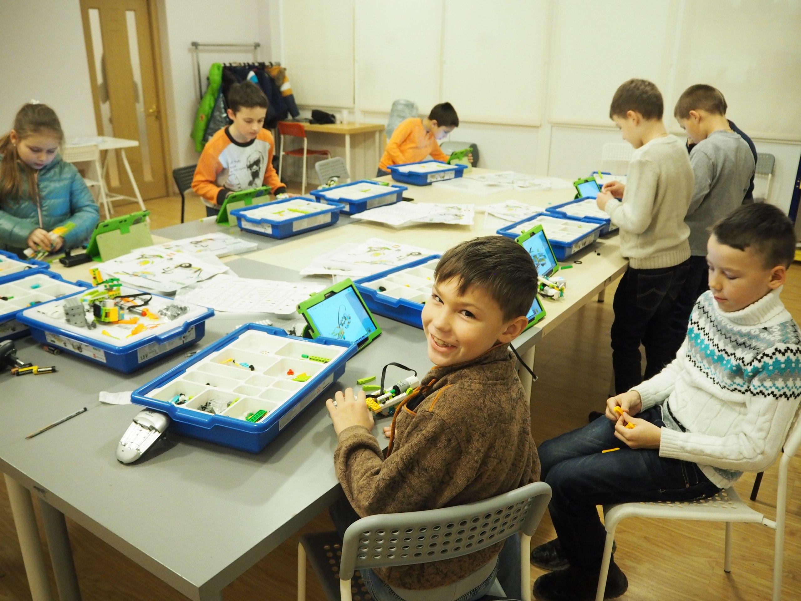 Занятия по Lego WeDo 2.0